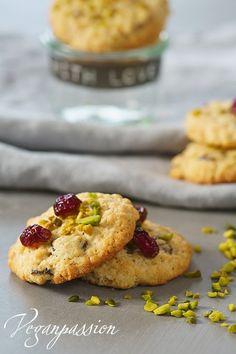 Vegane Cranberry Cookies mit Pistazien. Das Rezeppt findest du hier: http://veganpassion.blogspot.de/