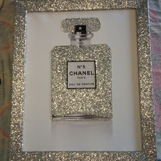 """breakfastatt-chanel: """"chanel-and-louboutins: """"★ """" breakfastatt-chanel """"breakfastatt-chanel """" """" Everything girly & glam 🌸🌸 Chanel Dekor, Chanel Bedroom, Do It Yourself Decoration, Barbie Summer, Glam Room, Makeup Rooms, Beauty Room, Diy Home Decor, Diy And Crafts"""