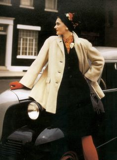 Vogue - August 1942 - Photo by John Rawlings - http://forums.thefashionspot.com/f71/john-rawlings-photographer-63123-12.html