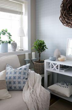 Summer feeling in my media room. Driftwood Wreath, Summer Deco, Living Area, Living Room, Vibeke Design, House By The Sea, Cozy Corner, Summer Feeling, Coastal Living