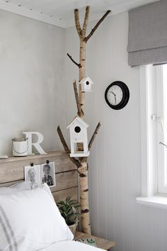Vicky's Home: Home tour, an inspirational Nordic house / Home tour, a house full of Nordic inspiration Branch Decor, Home And Deco, Kid Spaces, Home Bedroom, Bedroom Decor, Bedrooms, Bird Houses, Home And Living, Sweet Home