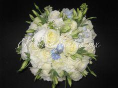 #white #somethingblue #natural #romantic #bridal #bouquet #destinationweddings #weddingcancun by #latinasia