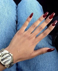 burgundy nails art
