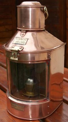 1000 images about antique ships lantern lamp light antiquit s lampe de marine. Black Bedroom Furniture Sets. Home Design Ideas
