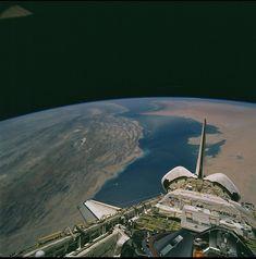Bahrain gets behind Space Shuttle!