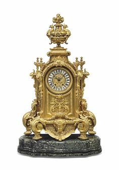 A NAPOLEON III ORMOLU MANTEL CLOCK - OF REGENCE STYLE, THIRD QUARTER 19TH CENTURY.