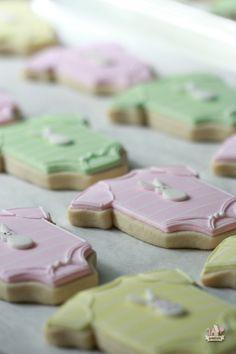 Decorated Onesie Cookies on Sweetopia
