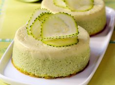 Discover the recipe Courgette Flan with Thermomix on cuisineactuelle. Source by Thermomix Desserts, Vegan Dessert Recipes, Baking Recipes, Whole Food Recipes, Cake Recipes, Recipes Dinner, Vegan Zucchini Recipes, Healthy Zucchini, Vegan Vanilla Cake