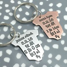 baby statistics keyring baby gift mothers day gift fathers day gift christmas gift for new mom or dad baby onesie keychain
