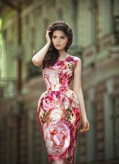 Doina of The Golden Diamonds. Song Of Style, My Style, Gala Gonzalez, Haute Couture Designers, Casual Dresses, Formal Dresses, Evening Gowns, Summer Outfits, Style Inspiration