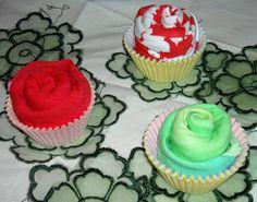 Gift presentation: underwear cupcake!