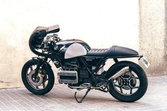BMW K75 Cafe Racer Flying Brick by The Bike Lab #motorcycles #caferacer #motos | caferacerpasion.com