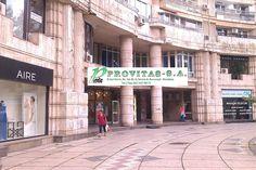 Birourile firmei PROVITAS SA sunt situate la mezanin, b-dul Unirii, Nr. 14, bl. 6A, sc. 2, Bucuresti, sector 4. Firma dispune de spatii proprii de inchiriat.