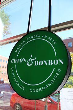 Coton et bonbon; une maison de confiseries qui vaut le détour!  http://blog-and-the-city.com/coton-bonbon-maison-de-confiseries-vaut-detour/ #FoodAndTheCity #cotonetbonbon