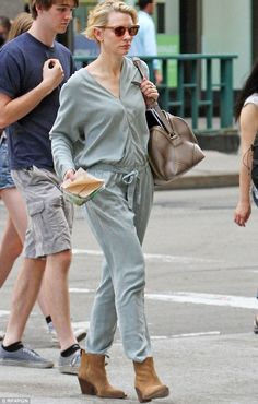 Cate Blanchett strolls around New York