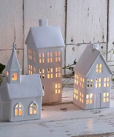 Petit village tealight houses and church