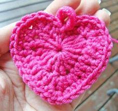 Sydän virkattu Magic Ring lahja muistaminen tuliainen ristiäislahja joululahja vaunulelu vaunut vauva virkkaus ohje