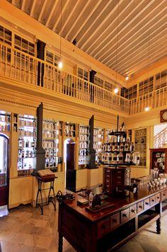 Farmacia Francesa Triolet  Museo Farmacéutico de Matanzas Cuba © 2012 Carlos Alberto Fleitas Matanzas Cuba, Vintage Cuba, Cuban Culture, Havana Cuba, Revolution, Public, Homes, Memories, Architecture