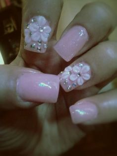 #Pink #nails with 3D flowers