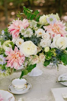 Floral Inspiration by Annabella Charles, Haute Horticulture, and Everbloom Designs.