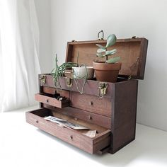 handmade machinist's tool chest / industrial drawer storage by ohalbatross on Etsy Wooden Storage Boxes, Vintage Storage, Storage Drawers, Industrial Drawers, Wood Drawers, Industrial Door, Wood Tool Box, Wood Tools, Machinist Tool Box