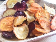 Paleo by Leo Healthy Chips, Healthy Snacks, Healthy Recipes, I Love Food, Good Food, Yummy Food, Tapas, Go For It, Dehydrated Food