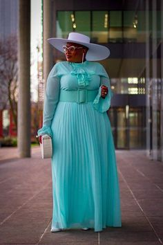 Find Stylish Dresses For Any Occasion Curvy Girl Fashion, Modest Fashion, Look Fashion, Fashion Dresses, Peplum Dresses, Dresses Uk, 80s Fashion, Trendy Fashion, Evening Dresses