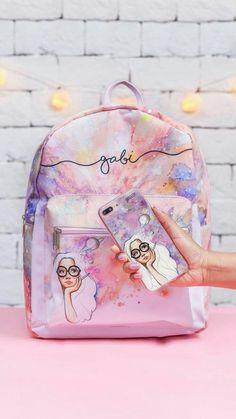 Mochila Gocase Bag - Sonhadora e Capinha para celular Sonhadora. Stylish Backpacks, Cute Backpacks, Girl Backpacks, Galaxy Backpack, Mini Backpack, Backpack Bags, Mini Purse, Mini Bag, Fashion Bags