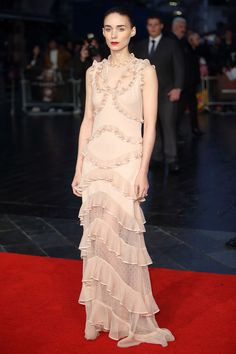 Rooney Mara in Alexander McQueen - Best dressed celebrities this week: 12 October - The Duchess of Cambridge, Kendall Jenner, Benedict Cumberbatch and Emma Stone | Harper's Bazaar