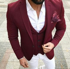 Apr 2020 - Dress for success with classic men's suits and suit pants. See more ideas about Mens suits, Dress for success and Suits. Mens Fashion Blog, Mens Fashion Suits, Mens Suits, Fashion Outfits, Style Fashion, Looks Adidas, Style Masculin, Designer Suits For Men, Stylish Mens Outfits