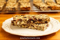 maniapieczenia: Batoniki mocy (bez glutenu i cukru) Banana Bread, Banana Bars, Protein Snacks, Pina Colada, Healthy Sweets, Granola Bars, Diet Recipes, Lunch Box, Tasty