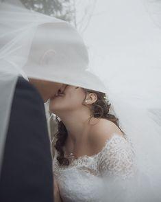 "Páči sa mi to: 91, komentáre: 3 – Amy Klusová Sivčáková - Foto (@amyklusovasivcakovafotografie) na Instagrame: ""❤️ #love #nikon #nikond750 #d750 #photo #photographer #photoshoot #couple #rustic #provance #svadba…"" Lace Wedding, Wedding Dresses, Nikon, Amy, Instagram, Fashion, Pray, Bride Dresses, Moda"