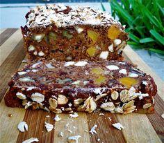Vegan Breakfast Bread: so easy and sugar free! Vegan Sweets, Vegan Desserts, Raw Food Recipes, Free Recipes, Healthy Recipes, Healthy Breakfasts, Healthy Foods, Yummy Recipes, Healthy Eating