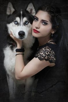 Read Mahafsoun from the story Pelinegras para tus historias by helpmycast (Helpmycast) with reads. Nombre: Mahafsoun (No es su nombre pero. Beautiful Dogs, Animals Beautiful, Cute Animals, Foto Fantasy, Fantasy Wolf, Wolves And Women, Foto Shoot, Wolf Pictures, Wolf Girl
