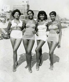 vintage bw pic of four bathing beauties #plus-size #fatshion #swimwear #retro #big #chubby #curvy #thick #girls #women #fashion #style #beautiful