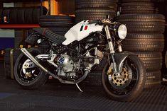 Ducati Monster 900 custom   Bike EXIF