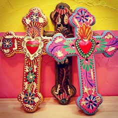 Some of my favorites Mexican Home Decor, Mexican Crafts, Mexican Folk Art, Mexican Style, Mexican Heritage, Day Of The Dead Art, Mosaic Crosses, Templer, Cross Art
