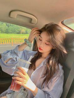 Korean Beauty Girls, Pretty Korean Girls, Cute Korean Girl, Asian Beauty, Asian Girl, Korean Girl Photo, Korean Girl Fashion, Ulzzang Fashion, Mode Ulzzang
