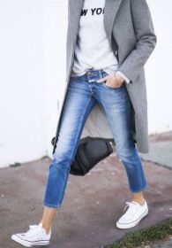 white converse, jeans and grey #converse #outfitideas #Streetstyle