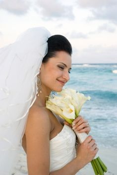 love these flowers for jamaica wedding