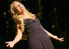 Kristin Chenoweth: because there is just no tellin' how this Broadway babe can summon big notes from her small self ;)