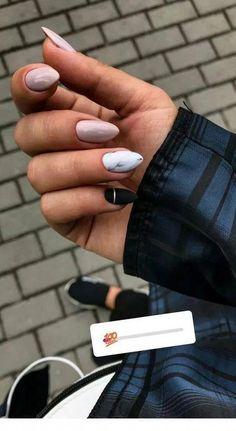 130 bеаutіful mаnісurе nаіlѕ for shоrt nails dеѕіgn idеаѕ –sԛuаrе & almond nails page - 15 Aycrlic Nails, Nail Manicure, Hair And Nails, Nail Polish, Glitter Nails, Almond Acrylic Nails, Cute Acrylic Nails, Acrylic Nail Designs, Stylish Nails