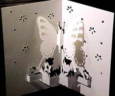 Butterfly pop Up Card. Click on link for free template. http://marivi_10.tripod.com/butterfly.html