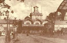 Het houten station/tram gebouw van Anwerpen Centraal   van 1854 tot 1905.
