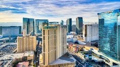 Best Hotels In Vegas, Mgm Grand Garden Arena, Caesars Palace, Reef Aquarium, Las Vegas Strip, Paris Hotels, Outdoor Pool, San Francisco Skyline, Swimming Pools