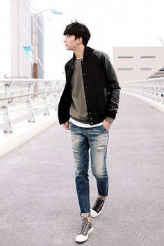 13 Incredible Korean Men Fashion Style Ideas To Steal The Look – Man Fashion 2020 Asian Men Fashion, Korean Fashion Winter, Korean Fashion Summer, Korean Fashion Casual, Korean Fashion Trends, Korean Street Fashion, Mens Fashion Suits, Style Fashion, Fashion Outfits