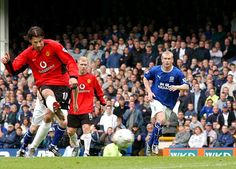 Ruud Van Nistelrooy, Football, Baseball Cards, Sports, Soccer, Hs Sports, Futbol, American Football, Sport