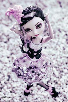 duchess-swan-ever-after-high-008   by -stillleben-doll photography-