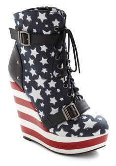Stars and Straps Wedge, #ModCloth    ///I kinda sorta really want this for a wonder woman themed Halloween costume.