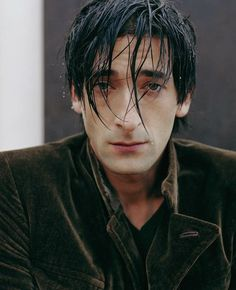 Adrien Brody, ahh lookin so sad again.just let me cheer you up baby Adrien Brody Movies, Pretty People, Beautiful People, Male Fairy, Peaky Blinders, Attractive People, Photo Reference, Actor Model, Most Beautiful Man